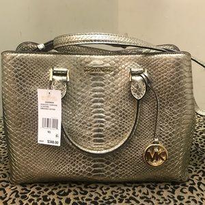 Micheal Kors Savannah large satchel